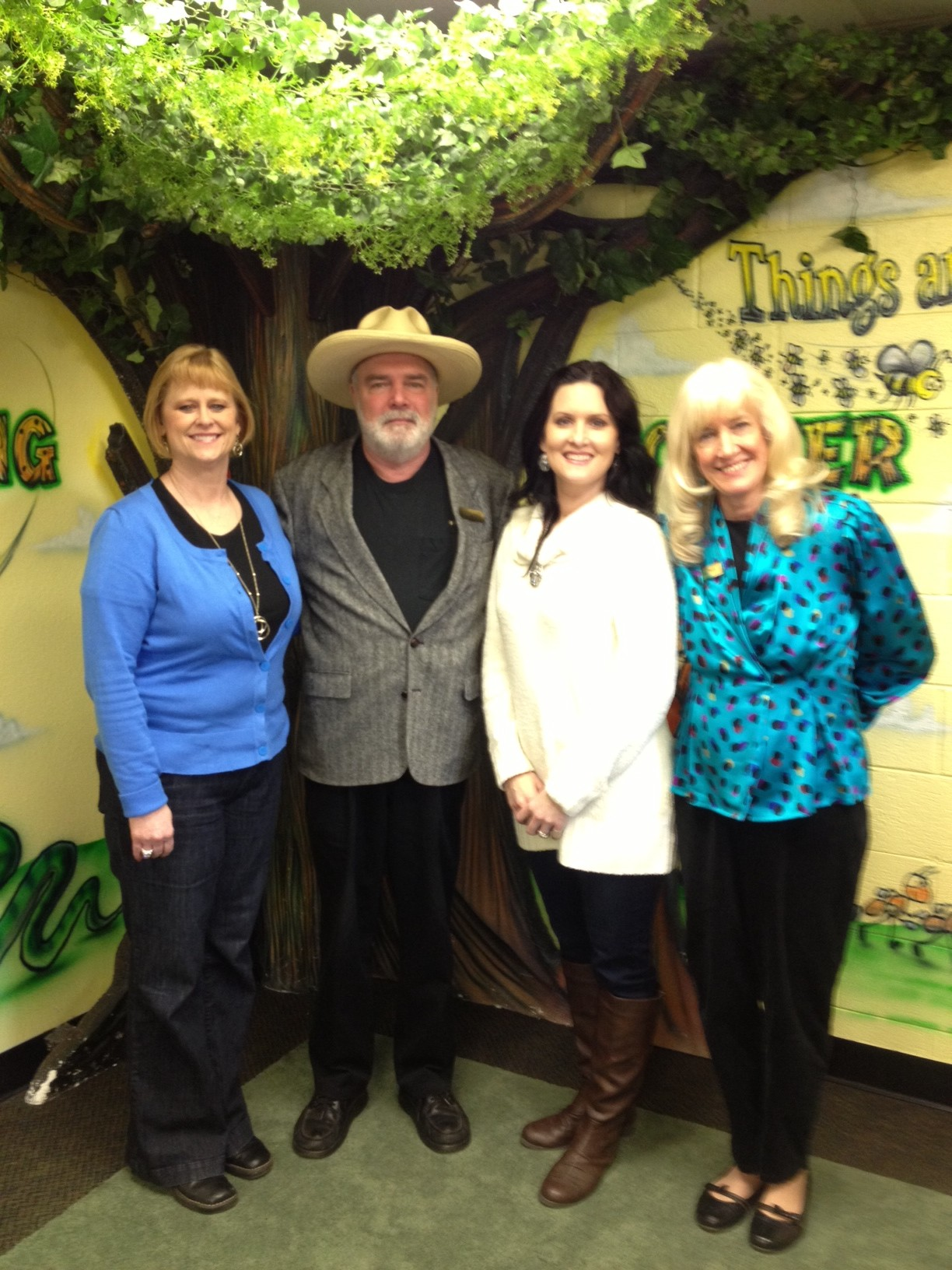 Such lovely ladies at Era ISD LeAnn Spears (Fantastic Librarian), David Davis (Author), Leasha Bowden (Beautiful Librarian Assistant), and Jan Peck (Author)